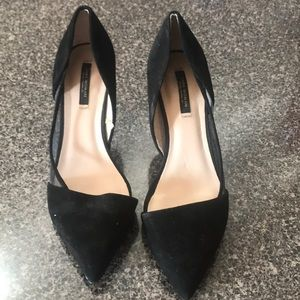 Zara size 8 or 38 black kitten heels